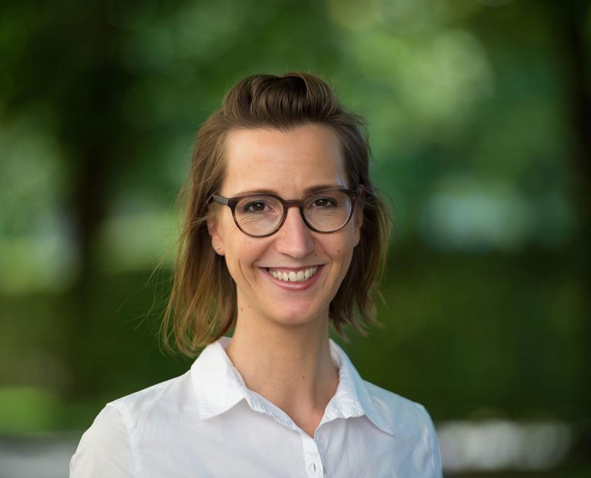 Katja Proschek, Dozentin für Psychologie